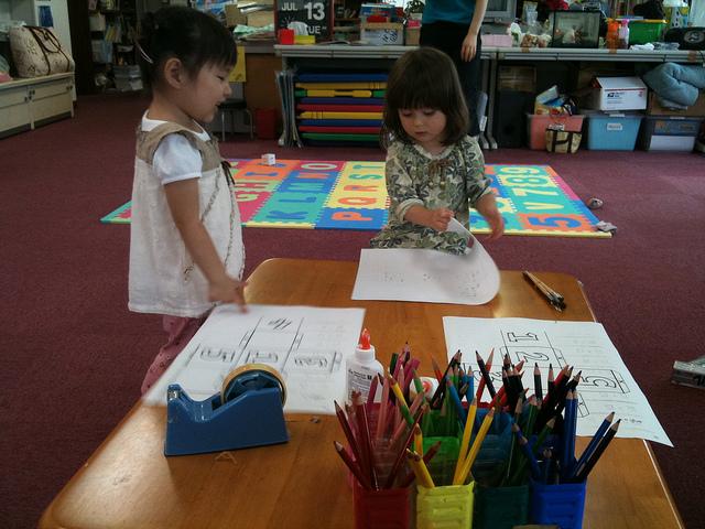 Pre-schoolers creating little works of art