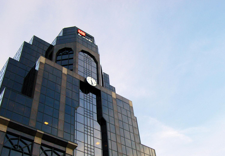 A US Banks Skyscraper